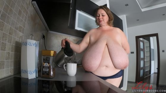 Busty neighbourg makes you a coffee after good fuck 4K