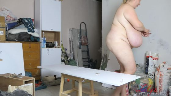 Nudist IKEA assembly 1